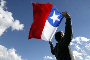 Chilenos entre los más felices del mundo según la ONU